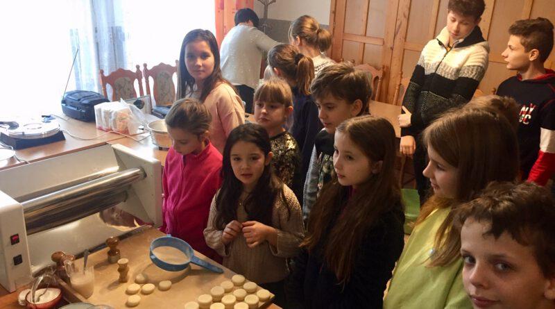 Przedświąteczne spotkanie dzieci i młodzieży Parafii Prawosławnej Św. Trójcy w Lubinie.